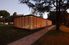 Gallery of Experimental Brick Pavilion / Estudio Botteri-Connell - 17