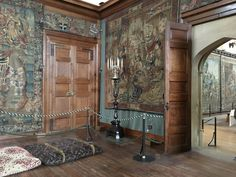 Learn all about the private chambers of King Henry VIII of England at Hampton Court Palace, how the rooms were arranged, and what you can still see today. Tudor Monarchs, English Monarchs, Tudor History, British History, Ancient History, Asian History, Uk History, Renaissance, Tudor Dynasty