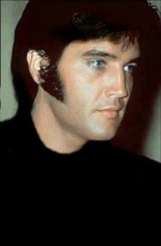 Elvis .. I am an eyes person and I see some color in this pic.. thank you for sharing it.