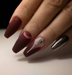A lot of beauticians select manicure in which one nail is painted in different color. That color must, of course nice to be combined with color which dominates.