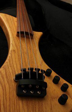 Hybrid Bass Guitar