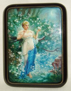"""Russian Lacquer Box Fedoskino """" Goddess of Spring """" Miniature Hand Painted 