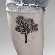 Nature-Inspired Tattoos Made of Thousands of Tiny Dots Mimic Scientific Drawings