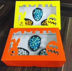 Mini ovos com confeitos de chocolate