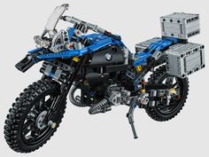 the model set – consisting of 603 parts – is the product of close collaboration between the LEGO technic and BMW motorrad design teams.