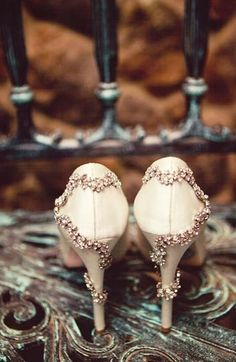 Elegant Wedding Captured by Concept Photography - Every Last Detail - Real Weddings - Loverly