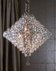 Gorgeous crystal chandelier...!