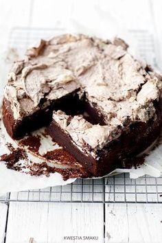 Ciasto czekoladowe z bezą #deser #wypieki #glutenfree