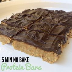 Healthy Snacks Easy No Bake Peanut Butter Protein Bars - These proteins bars will make you wonder why you ever got store bought. Only 5 ingredients and 5 minutes needed. Simply heat ingredients on the stove. Healthy Protein Snacks, Protein Bar Recipes, Protein Powder Recipes, Healthy Sweets, Healthy Baking, High Protein Desserts, High Protein Snacks On The Go, Simple Healthy Snacks, Healthy Food