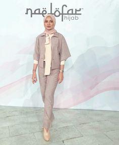 Muslim Fashion, Modest Fashion, Hijab Fashion, Fashion Outfits, Womens Fashion, Hijab Office, Modern Hijab, Hijab Outfit, Photo Poses