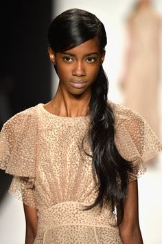runway hair 2014 | Badgley Mischka Fall 2014 Hair and Makeup | Runway Pictures