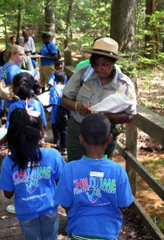National Park Service Teacher's Page - Find field trip ideas, lesson plans and professional development South Dakota Vacation, Virtual Field Trips, History Activities, Outdoor Education, Outdoor Classroom, Scholarships For College, Teaching Science, Teacher Resources, Classroom Resources