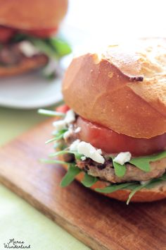 Burger mit Feta und Rucola | Burger with feta and arugula