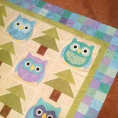 SarahRose Quilts Owl Quilt Pattern instead of trees could do a nine patch or other block. Owl Baby Quilts, Cute Quilts, Small Quilts, Owl Patterns, Quilt Patterns Free, Quilt Kits, Quilt Blocks, Quilting Projects, Sewing Projects