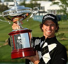 australian pro golfer AND burberry model..love adam scott