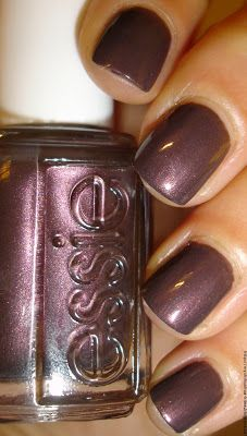 """My Chihuahua Bites!: Essie - Collection """"Shearling Darling"""" : """"Sable Collar"""""""