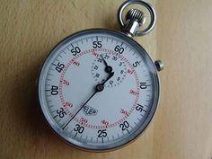 100% Original Heuer (Stop Watch) Stoppuhr Chronograph mit Fly-back - Funktion & Gang-Schein, Werk: Handaufzug, Durchmesser 50,7mm. Ein sehr edles Stück, in Top-Zustand AUS DER SCHWEIZER UHRENMANUFAKTUR TAG HEUER GENEVE - SWISS MADE im Ebay Shop edeluhren4you.....!