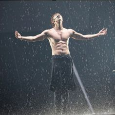 10 Phenomenal Instagram photos that made you envy Rain's idol life