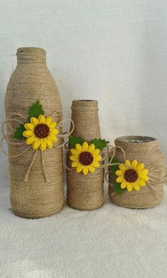 Ideas For Wine Glass Art Diy Craft Projects Glass Bottle Crafts, Wine Bottle Art, Diy Bottle, Jute Crafts, Diy Home Crafts, Diy Craft Projects, Sunflower Crafts, Bottles And Jars, Yarn Bottles