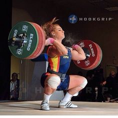 Lidia Valentin on Arnold Crossfit Motivation, Athlete Motivation, Bodybuilding Motivation, Olympic Weightlifting Women, Crossfit Lifts, Personal Training Programs, Ripped Girls, Workout Session, Muscle Girls