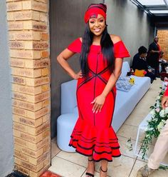 UMBHACO XHOSA ATTIRES South African Traditional Dresses, Traditional Fashion, Traditional Outfits, African Print Dresses, African Fashion Dresses, African Dress, African Outfits, Xhosa Attire, African Attire