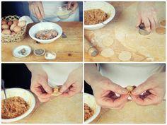 Cappelletti: passate al tritacarne senza cuocerli, 120 g di petto di gallina, 100 g di arista di maiale e 80 g di prosciutto. Mettete il trito delle carni in una ciotola, rompete al centro 2 uova, una grattugiata delicata di limone, 50 g di parmigiano e un profumo di noce moscata. Amalgamate e formate un impasto liscio. Preparate la pasta fresca e tirate una sfoglia sottile. Con uno stampino tagliate dischi rotondi di ca. 3-4 cm. Ponete al centro un po' di composto e chiudete il tortellino.