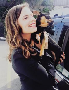Hayley Atwell and Howard the dog 2016 Marvel Women, Marvel Actors, Marvel Movies, Peggy Carter, Hailey Atwell, Hayley Elizabeth Atwell, Phoebe Dynevor, Tv Show Casting, London Girls