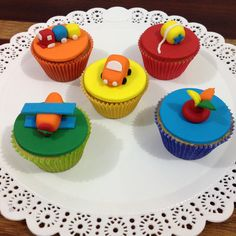 Cupcakes brinquedos antigos