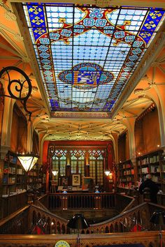 Discover Livraria Lello in Porto, Portugal: One of the most beautiful bookstores in the world hides a neo-Gothic interior behind an art nouveau facade. Art Nouveau Interior, Gothic Interior, Interior Design, Livraria Lello Porto, Mosaic Glass, Stained Glass, Beautiful Library, Famous Castles, Book Nooks