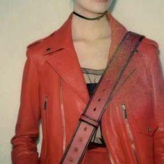 Olha só essa ideia incrível de #MariaGraziaChiuri: o novo projeto da @dior se chama #TheWomenBehindTheLens. Nele nove fotógrafas que foram convidadas para clicar o prêt-à-porter da etiqueta terão seus trabalhos expostos no Instagram da marca. Esta primeira leva de polaroids tem a assinatura da artista #Maripol  via ELLE BRASIL MAGAZINE OFFICIAL INSTAGRAM - Fashion Campaigns  Haute Couture  Advertising  Editorial Photography  Magazine Cover Designs  Supermodels  Runway Models