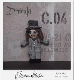 #amigurumi Drácula Bram Stoker Knitting, Tv, Create, People, Japanese Fashion, Amigurumi, Plushies, Movies, Chrochet