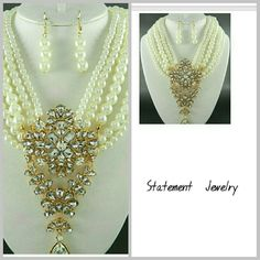 FASHION  STATEMENT  JEWELRY Gold  plated metal Deco Rhinestone  Cream Color Pearl  17'Long with 4' Extender Jewelry Necklaces