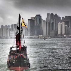 Jonque dans Victoria Bay (vert de gris) 2 - Hong Kong