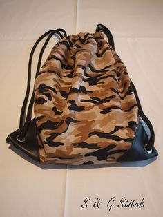 "Turntasche ""Army Look"" Army Look, Drawstring Backpack, Backpacks, Fashion, Zug, Handbags, Moda, Fashion Styles, Drawstring Backpack Tutorial"