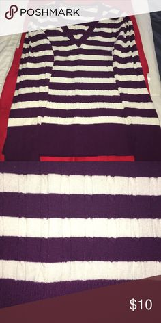 ‼️TODAY'S DEAL‼️ DOWN FROM 15 ❗️20 DAYS OF DEALS❗️ Purple and white v-neck cable knit sweater Old Navy Tops Sweatshirts & Hoodies