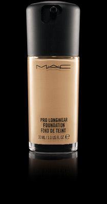 Mac: Pro Longwear Foundation