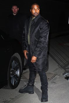 Ask Allen: What Was Kanye West wearing at the Givenchy Womenswear Fall/Winter 2014 Collection in Paris Timberland Outfits Men, Timberland Mens, Style Kanye West, Black Outfit Men, Yellow Boots, Black Timberlands, Women Wear, Winter Jackets, Mens Fashion