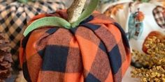 7 Easy DIY Pumpkin Projects for Fall and Halloween Decor. Easy ideas using paper, paint, fabric to make pumpkin decorations for your holiday decor. Pumpkin Crafts, Diy Pumpkin, Paper Pumpkin, Pumpkin Ornament, Easy Fall Crafts, Easy Crafts To Make, Easy Diy, Crafts Cheap, Diy Crafts