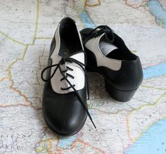 vintage swing dance shoes / black and white shoes / by dingaling, $26.00