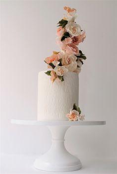 light peach flowers | maggie austin cake