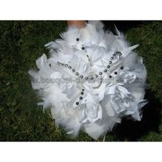 Visit the post for more. Cute Teen Rooms, Bouquet Champetre, Feather Bouquet, Judith, Teen Room Decor, World, Bouquets, Roses, Pins