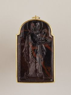 Bloodstone cameo of the Virgin Mary from the Byzantine Empire Cameo Jewelry, Jewellery, Ancient Jewelry, Antique Jewelry, Dark Ages, Birthstone Jewelry, Christian Art, New Art, Art Museum