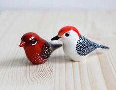 Clay Birds, Ceramic Birds, Ceramic Animals, Ceramic Houses, Ceramic Pottery, Paper Mache Sculpture, Sculpture Projects, Bird Sculpture, Clay Projects