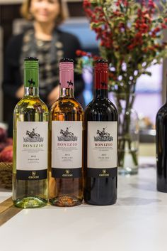 Wine tasting in Florence with @cecchiwinery and @julskitchen #italy