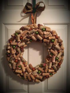 Wine cork wreath Bottlesandbulbs.com