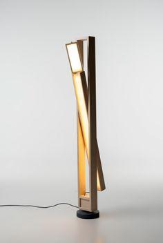 Lampe Tilt by Caroline Langfelt Carlsen