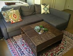 Clever Woman Pours Dirt Into Her Coffee Table To Create A Striking Indoor Garden - Using some old pallets she found, this crafter created one of the most stunning tables I've ever seen! Would you like something like this in your living room?