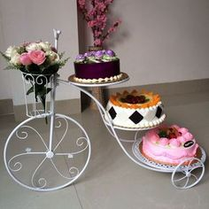 Novelty NEW A large cake stand Bicycle multilayer diy cake wedding props Wedding desktop decoration