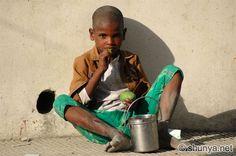 http://www.shunya.net/Pictures/Himalayas/Nainital/BeggarBoy.jpg