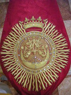 Taller de bordado Sebastián Marchante Gold Embroidery, Red Gold, Strands, Sorority, Sacred Art, Tinker Bell, Baroque, Atelier, Remedies